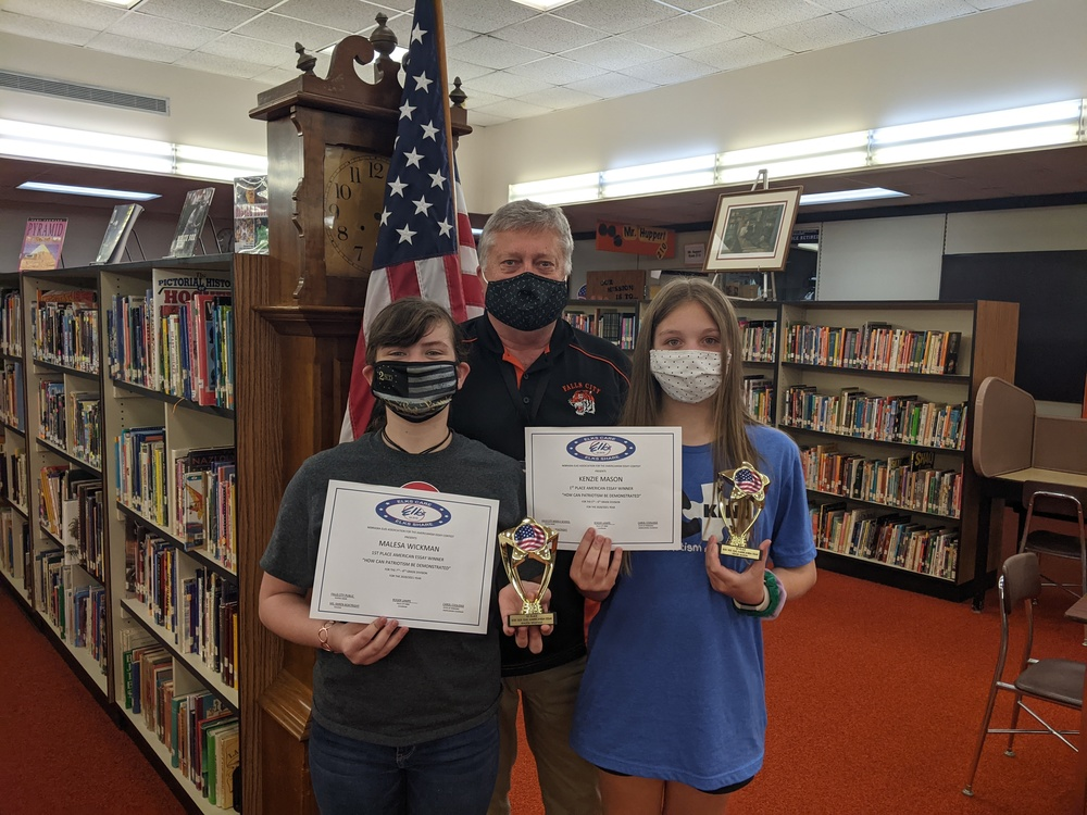 Kenzie Mason and Malesa Wickham Capture 1st Place in State Writing Contest